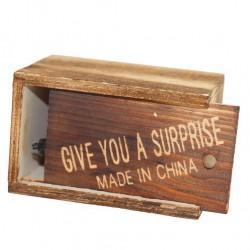 Caja de madera sorpresa (shock box)