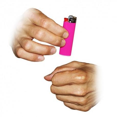 Desaparición de mechero (vanishing lighter)